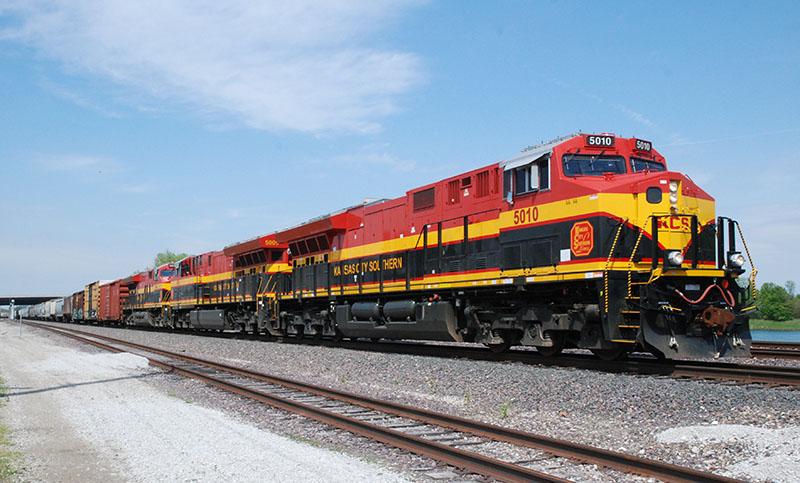 Kansas City Southern's ET44AC Tier 4s