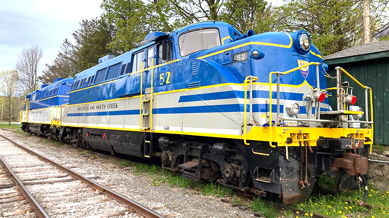 Pair of Unique EMD BL-2s Headed to the Hoosier Valley Railroad Museum
